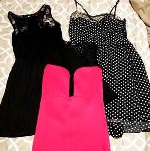 ☆3 STUNNING dresses size Medium!☆